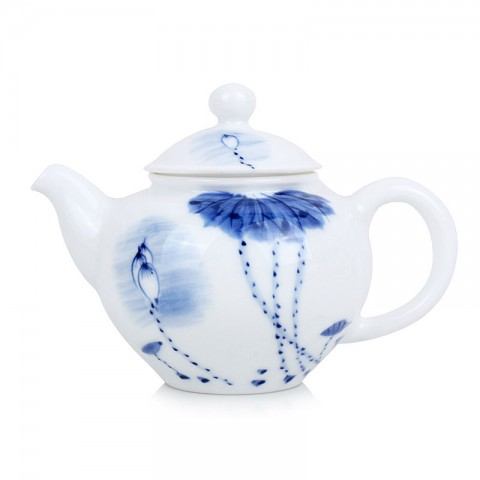 Blue and White Porcelain Tea Pot-Lotus Pond under the Moonlight Shadow