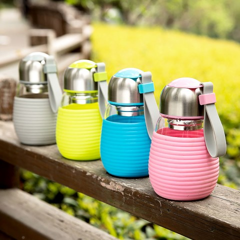 Colorful Glass Travel Tumbler with Stainless Steel Filter and Colorful Silicon Sleeve-Penguin B