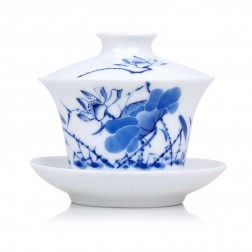 Blue and White Porcelain Gaiwan-Likes Lotus Saying-Tall