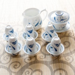 Blue and White Porcelain Gaiwan-set-Fishes Playing in Pond-14 Items/Set