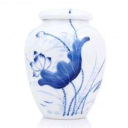 Blue and White Porcelain Caddy-Lotus Pond under the Moonlight Shadow
